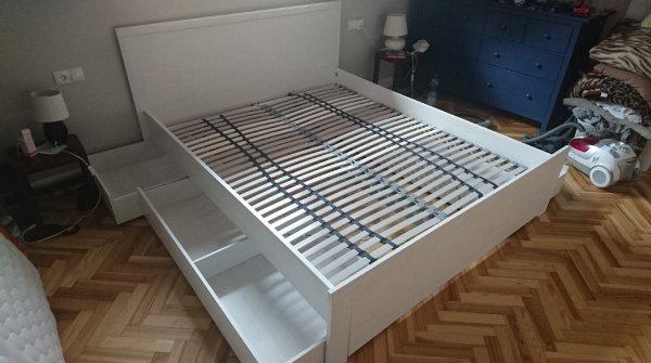 Sprzedam łóżko Z Szufladami Ikea Brusali 160x200 łóżka